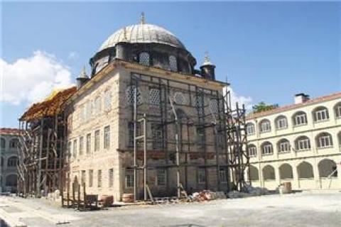 Ahi Çelebi Camii Yenilendi!