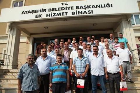Ataşehir'de Taksi Durakları Tek Tip Olacak!