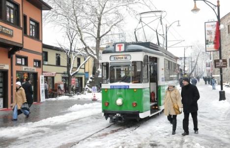 Bursa'daki Tramvay Hattıyla Trafik Güzergahı Yeniden Düzenlendi!