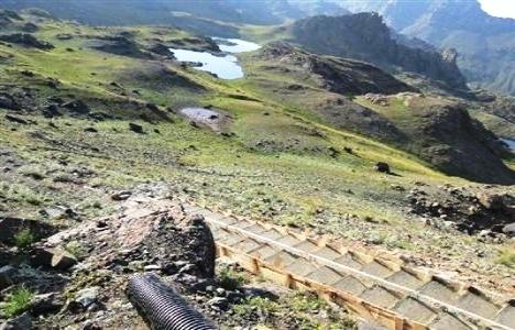 Erzurum'da 3 bin 33 Metredeki Yedigöller'e Merdiven Yapıldı!
