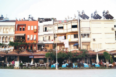 Fethiye'deki Eğik Binalara Bakanlık El Koydu!