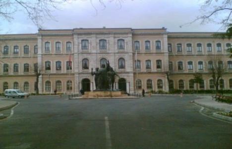 İstanbul Üniversitesi'nin Beyazıt'taki Binası Restore Edilecek!