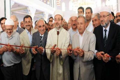 Üsküdar Burhaniye Mahallesi'ndeki Hz. Ali Camisi İbadete Açıldı!