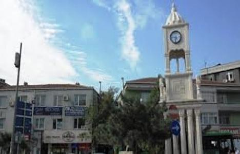 Bağcılar Belediyesi, Güneşli Meydanı'na Saat Kulesi Yaptı!