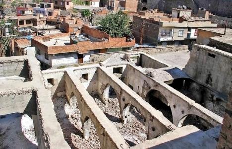 Diyarbakır Valiliği, Hamza Bey Camii, toki, Vakıflar Kanunu