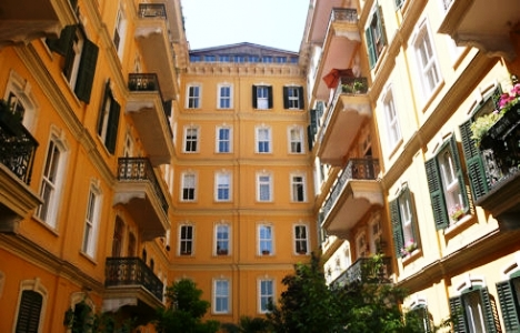 Doğan Apartmanı, doğan apartmanı galata, galata apartman, galata doğan apartmanı, istanbul galata tarihi doğan apartmanı, Okan Bayülgen