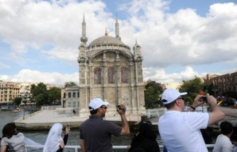 İstanbul'a Turist Yağıyor!