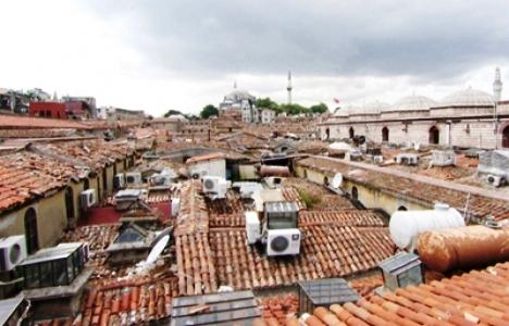 Kapalıçarşı'nın Çatısına Esnaf Tuvaleti Yapıldı!