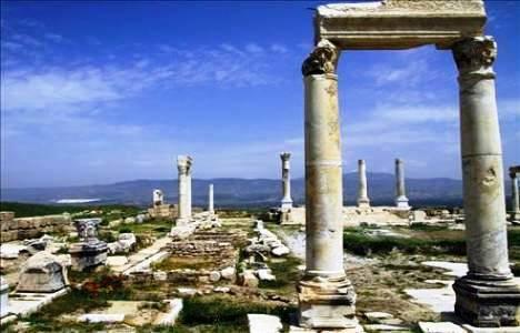 Silifke Kalesi'ndeki Kazılarda Cami Kalıntısına Ulaşıldı!