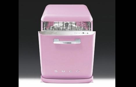 SMEG Renkli Bulaşık Makinesiyle Dekorasyona Renk Katıyor!