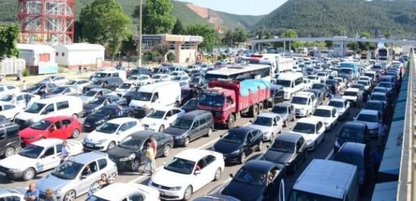 istanbulun-bayram-trafigine-koklu-cozum