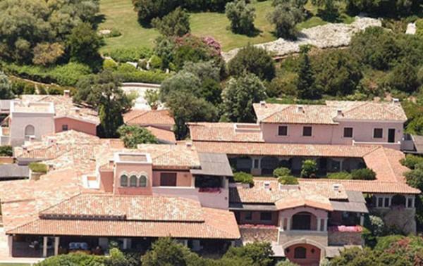 Bunga Bunga Villası Villa 495 Milyona Satılıyor
