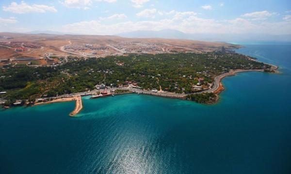 Kıyı İşgaline Tepki: 'Kıyılar Halkındır'