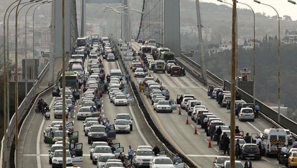Köprü ve Otoyollar Darphane Gibi Para Basıyor