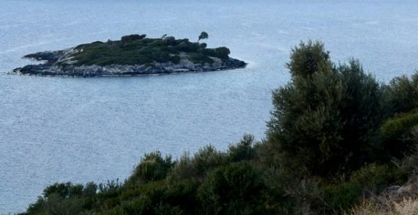 Murat Demirel'in Adası İhale İle Satışa Çıkarıldı