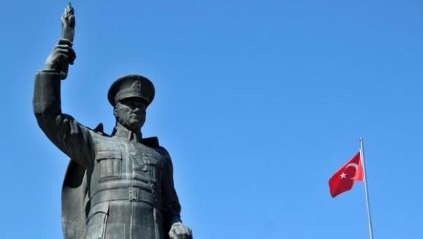 Rize'de Atatürk Heykeli İçin Referandum Kararı
