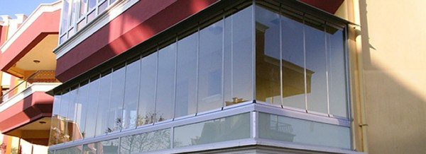 Camla Kapatılan Balkonlar