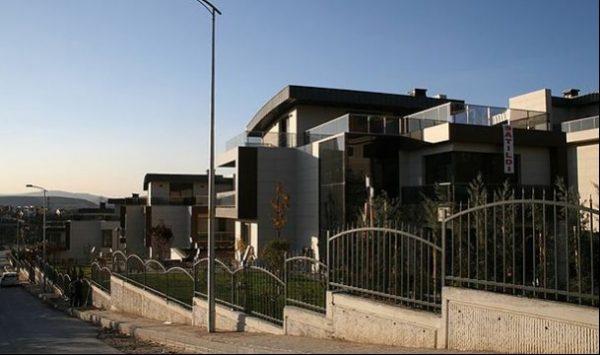 Eski Başbakan Ahmet Davutoğlu Bu Villada Oturacak