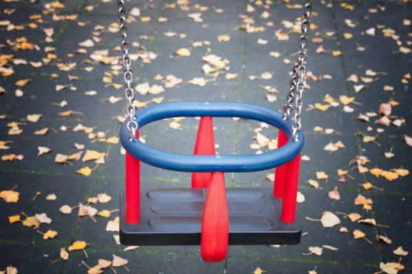 oyun-parklarindaki-bu-malzeme-tehlike-saciyor-3