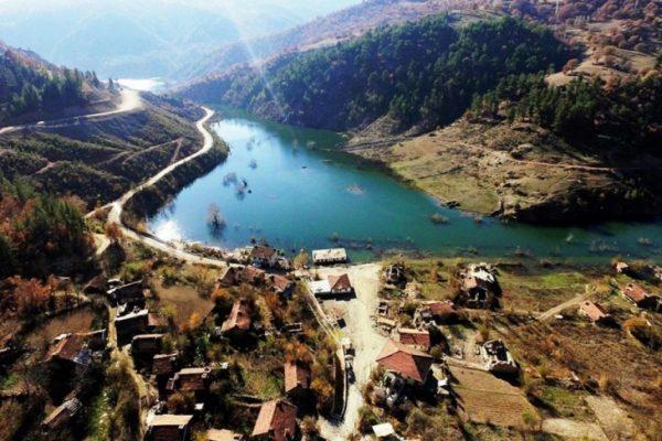 Bir Köy Baraj Suyu Altında Kaldı!