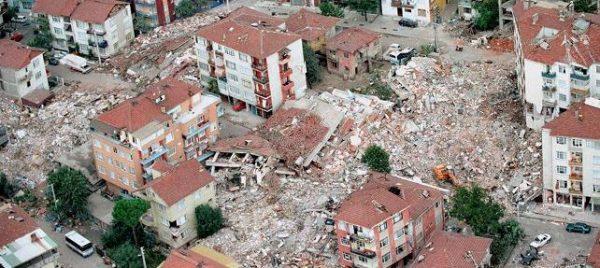 Japon Deprem Uzmanı Uyardı: Binaların Yüzde 68'inde Sıkıntı Olabilir