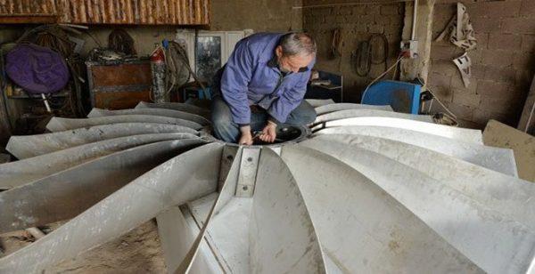 Kayserili Çiftçi 'Bahçe Klima Sistemini' Yaptı